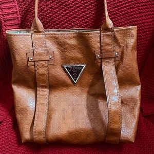 Cute large GUESS Tote